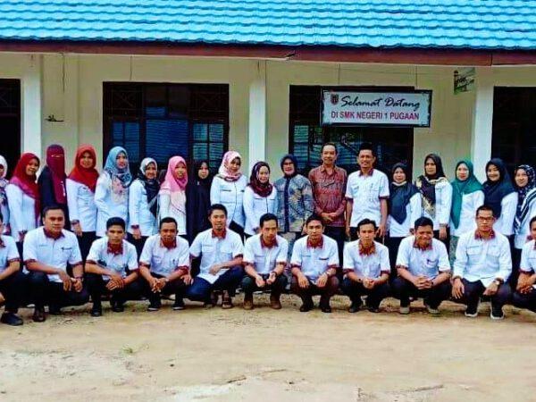 Kunjungan TIM Penilai Kinerja Kepala Sekolah (PKKS) Ke SMKN 1 Pugaan Disambut Dengan Baik